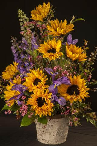Sunflower-Arrangements_Port-Alberni.jpg