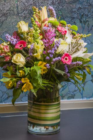 0A_happy_birthday_arrangement-7765.jpg