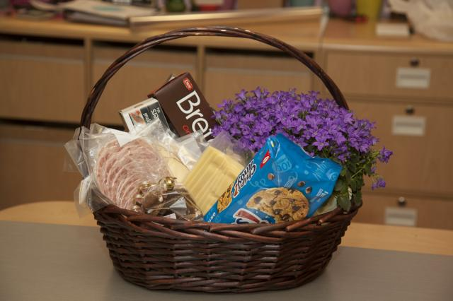 Port-Alberni_Gift_Baskets.jpg