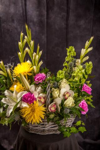 Happy-Birthday-Flower-Arrangement-Port-Alberni.jpg