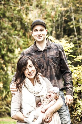 Family-Portraits-Gift-Certificates-port_alberni.jpg