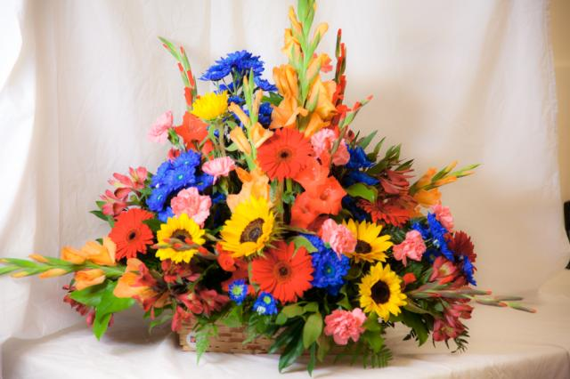 Port Alberni flowers shop specializing in flower arrangements for any occasion.