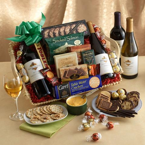 Wine-Cheese-Gift-Basket_Port_Alberni.jpg