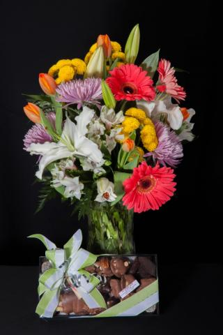 For_Him_Flowers_and_Gifts_Port_Alberni.jpg